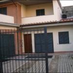 vendita porzione di villa occasione roma agenzia o